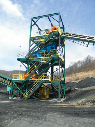 A scalping station prevents rock and tramp metal from entering the plant.