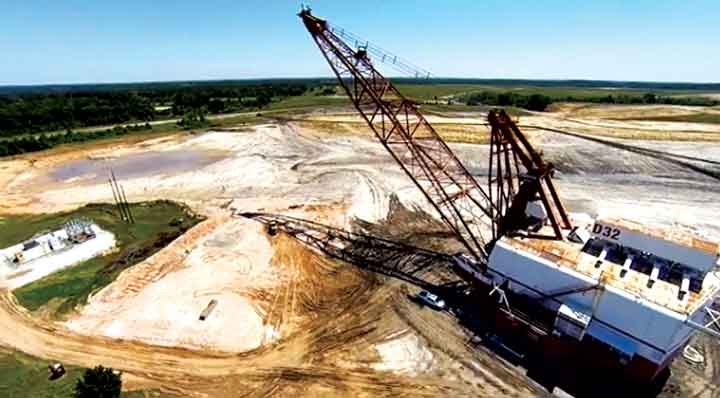 None of the draglines received any upgrades as part of the transport project, lending well to the rapid time in which crews were able to make the moves.