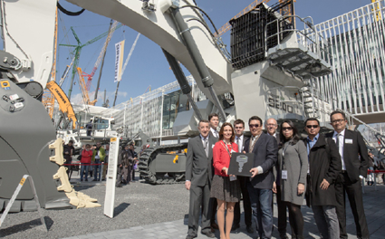 Liebherr Celebrates Successful Launch of the R 9200 Mining Excavator at bauma